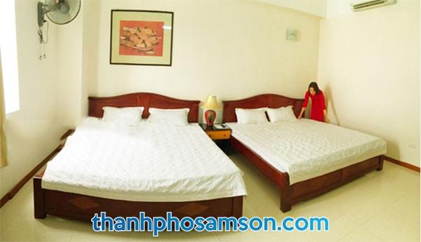 Giường đôi bên trong các phòng nghỉ