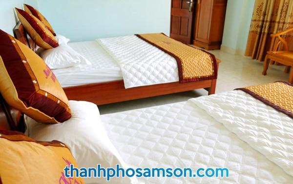 Phòng nghỉ có tới 2 giường đôi rộng rãi