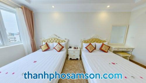 Giường đôi bên trong phòng nghỉ