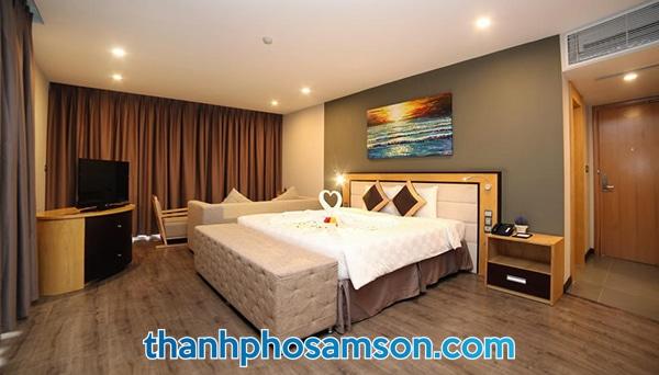 Giường đơn rộng rãi, thoải mái