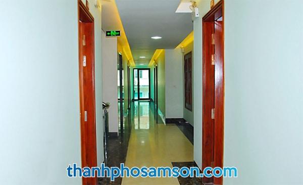 Hành lang giữa các phòng