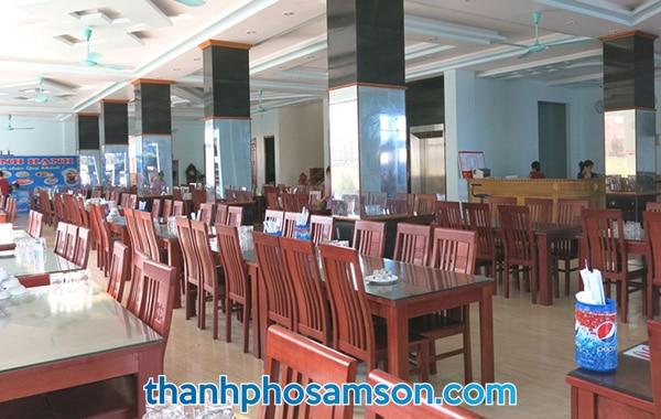 Phòng ăn tập thể tại khách sạn