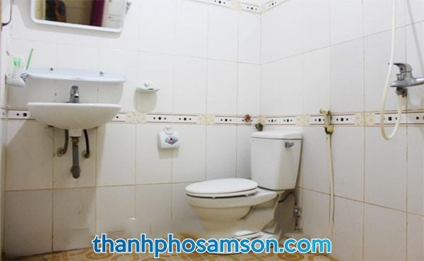 Phòng tắm bên trong các phòng nghỉ