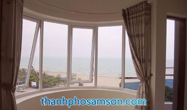 View biển từ phòng nghỉ khách sạn