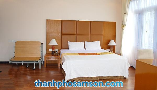 Phòng ngủ đơn với 1 giường ngủ
